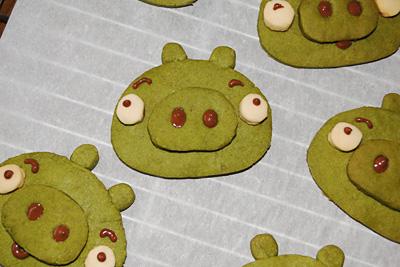アングリーバードに出てくる緑のブタのクッキー