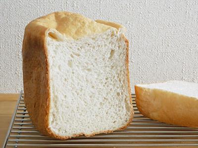 GOPANの森のくまさんお米食パンの断面