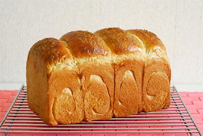 ホシノ天然酵母のブラウンシュガー食パン