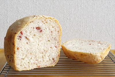 GOPANのベーコンチップフランス食パンの断面