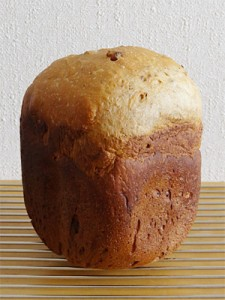 GOPANのパネトーネマザーくるみ黒糖食パン