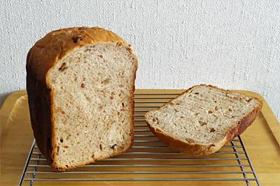 GOPANのくるみ黒糖食パン