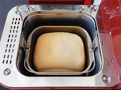 コシヒカリお米食パンの焼き上がり。美しいです。