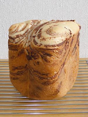 GOPANのパネトーネマザー・チョコマーブル食パン