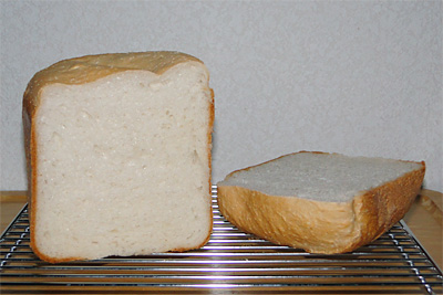 奥出雲仁多米お米食パンの断面