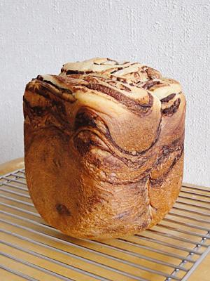 GOPANの白神こだま酵母・シナモンココアマーブル食パン