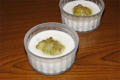 アガーの緑豆ココナッツ豆乳プリン