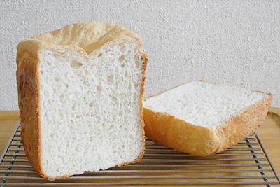 山形県産こしひかりお米食パンの断面