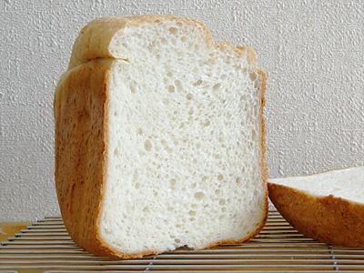 GOPANのゆめぴりかお米食パンの断面