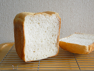 夢の華お米食パンの断面