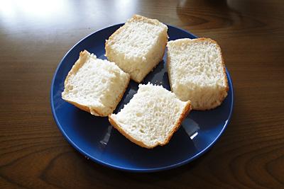 夢の華お米食パンは粘りけが強烈なので、薄くスライスするのは無理です