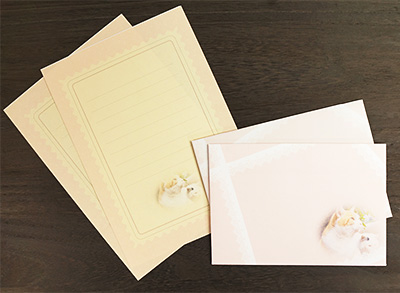 書籍で紹介しているワインポイント写真の封筒と便箋。