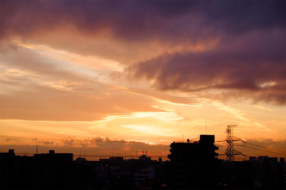 X-E1で撮影した雨の日の夕暮れ