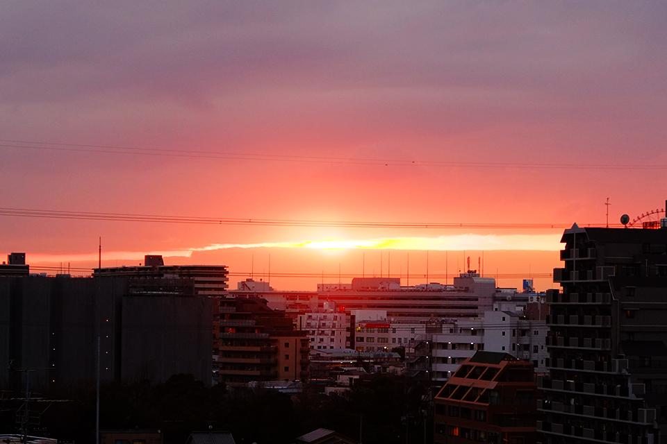 日の入り直前の一瞬のきらめき