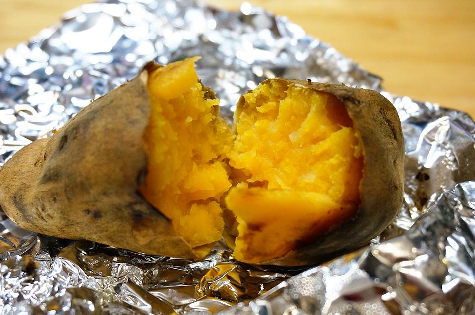 魚焼きグリルで作った安納芋の焼き芋