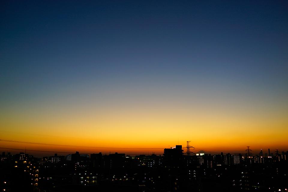 RX1で撮影した鮮やかな夕暮れのグラデーション