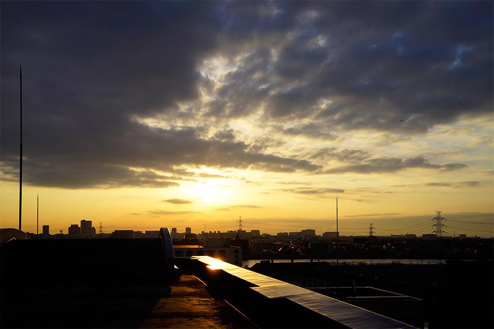 日の出の頃は晴れていました。