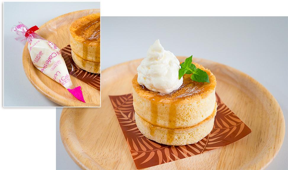 ローソンの厚焼きパンケーキ(ホイップクリーム付き)!