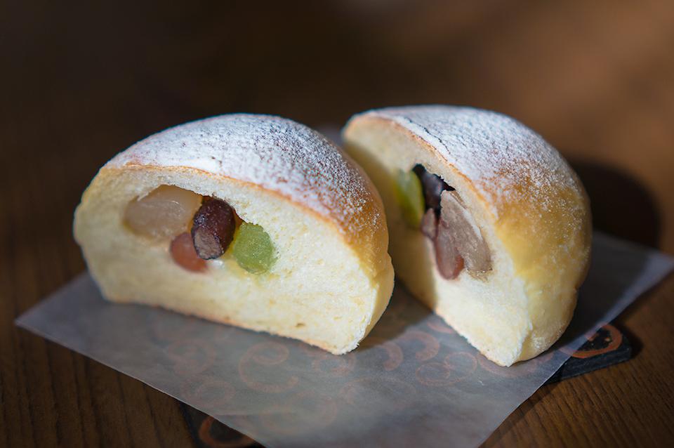 甘納豆の天然酵母パン