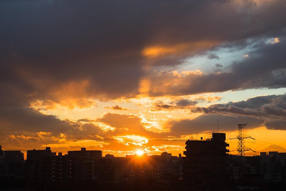 久しぶりに家から見える夕日