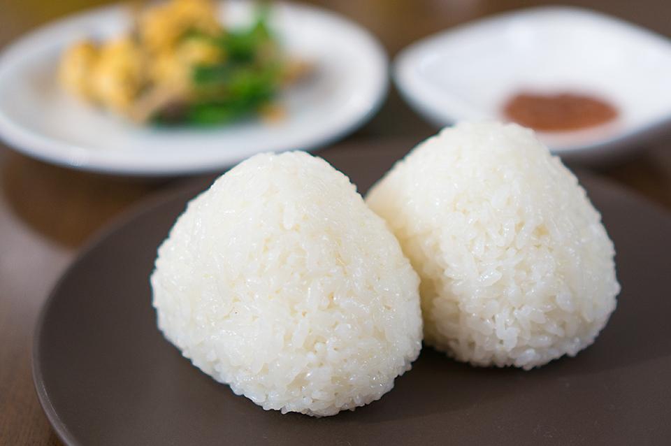 「朱鷺と暮らす郷」米の塩むすび
