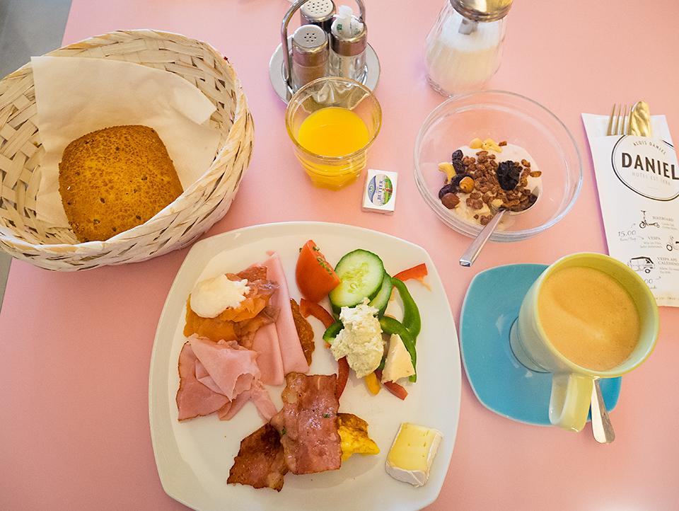 ホテル5日目の朝食。