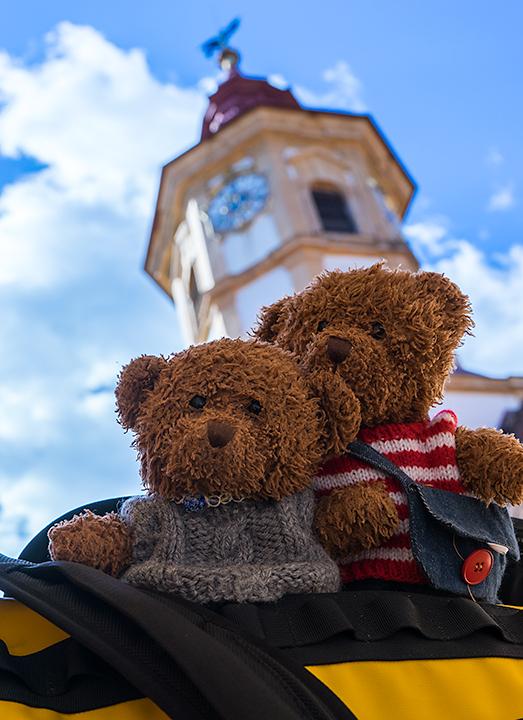 エッゲンベルク城のビリーとジョニー。