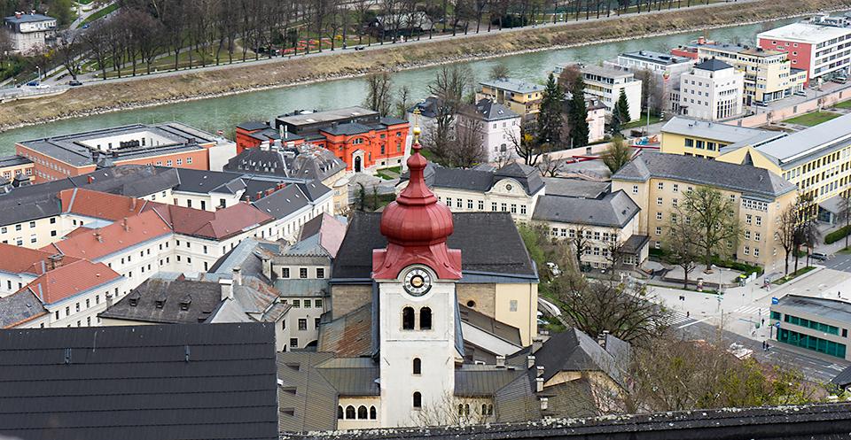 サウンドオブミュージックの主人公マリアがいたノンベルク修道院。