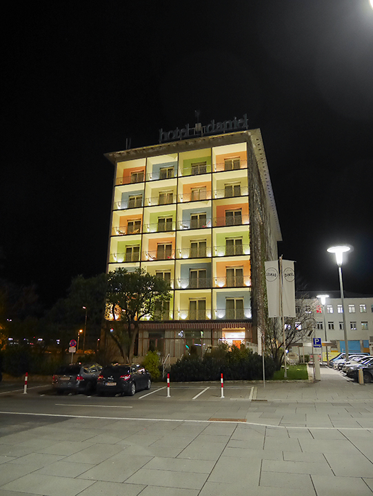 ホテル・ダニエル