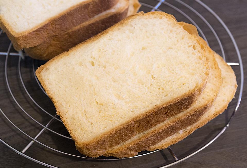 ココナッツオイルミルク食パン