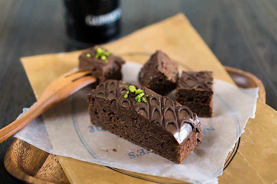 ミルクチョコレートスタウトケーキ