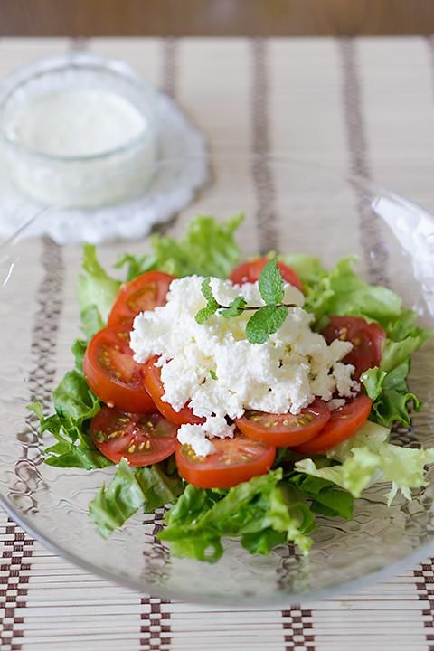 焼きヨーグルトのサラダ