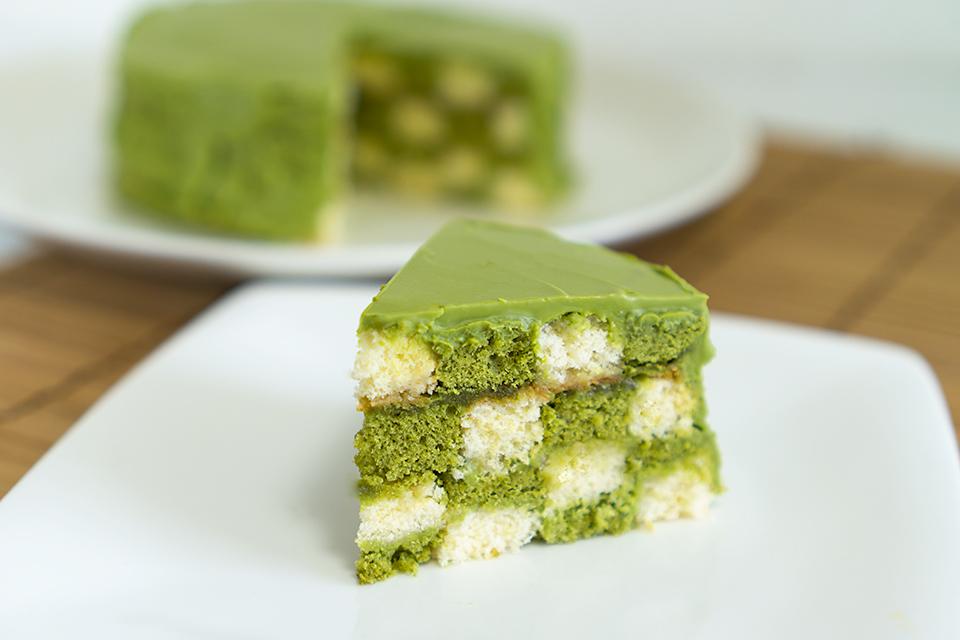 抹茶のサンセバスチャンケーキ