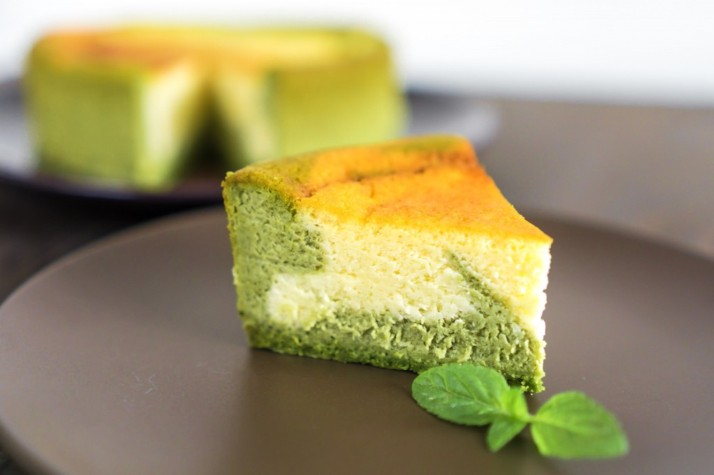 抹茶のマーブルベイクドチーズケーキ